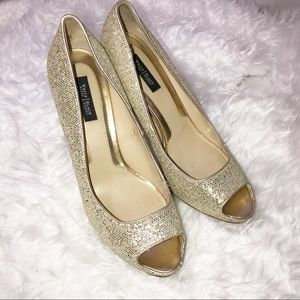 White House Black Market Gold Sequin Heels 8.5